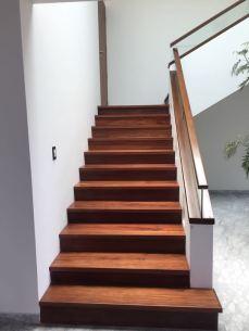 Tratamiento especial a pisos de madera y laminados